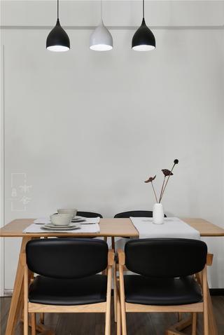 95平简约风格家餐桌椅图片