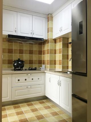 美式二居室装修厨房设计图