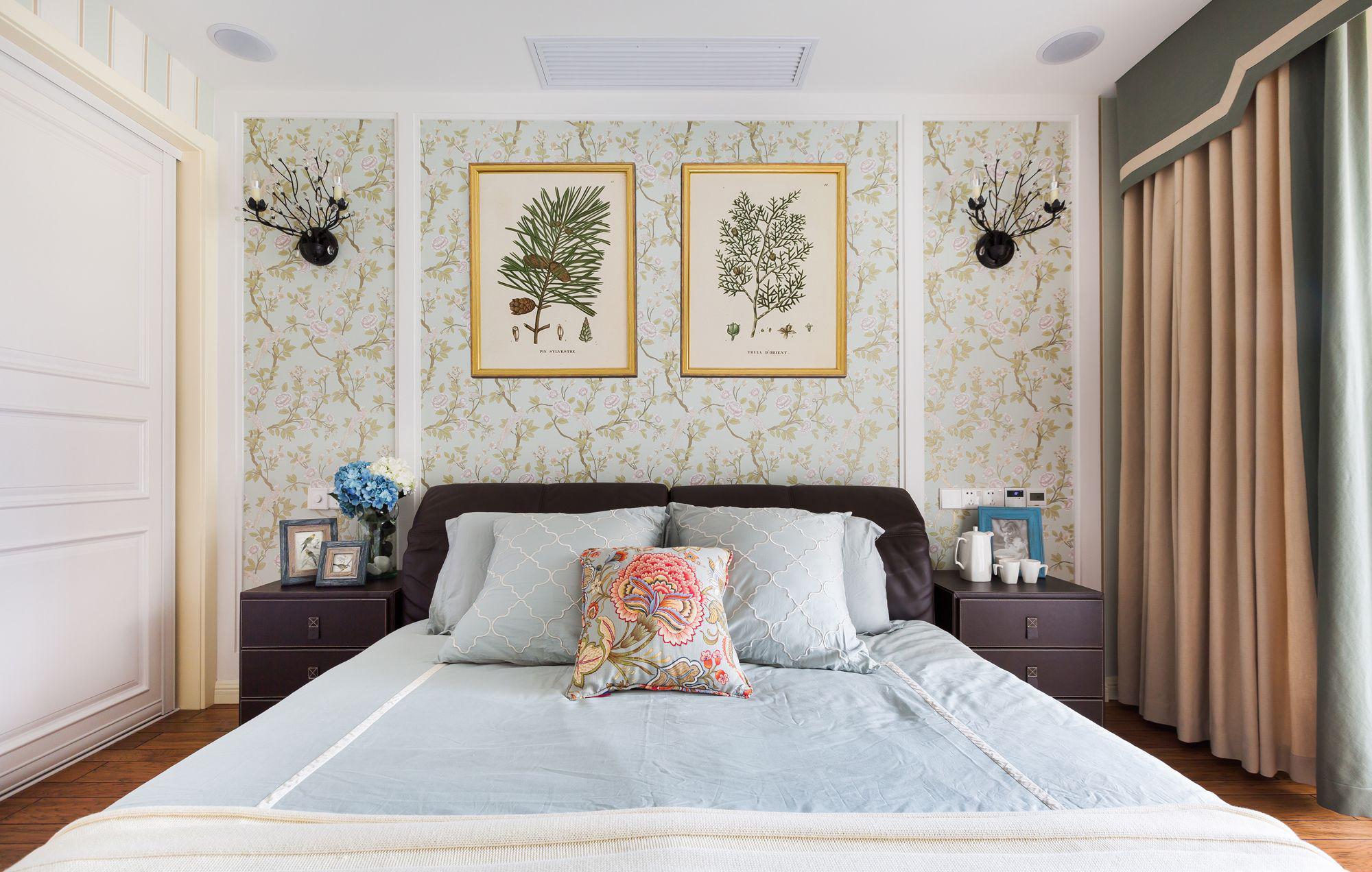 三居室简约美式卧室床头墙设计
