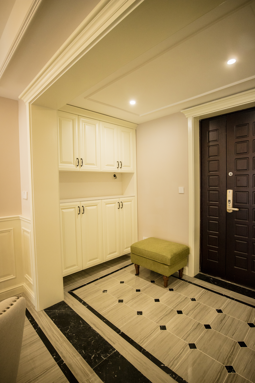 三居室复式装修门厅设计