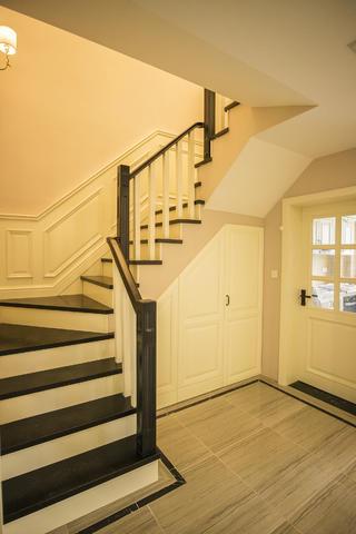 三居室复式装修楼梯图片