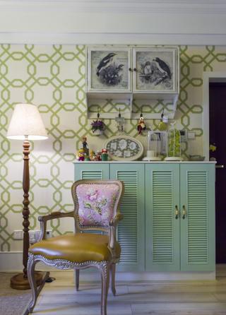 美式四居室装修边柜图片
