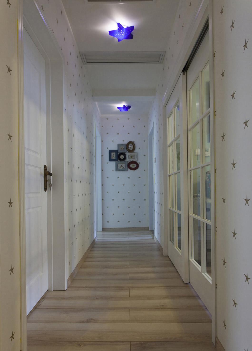 美式四居室装修走廊设计