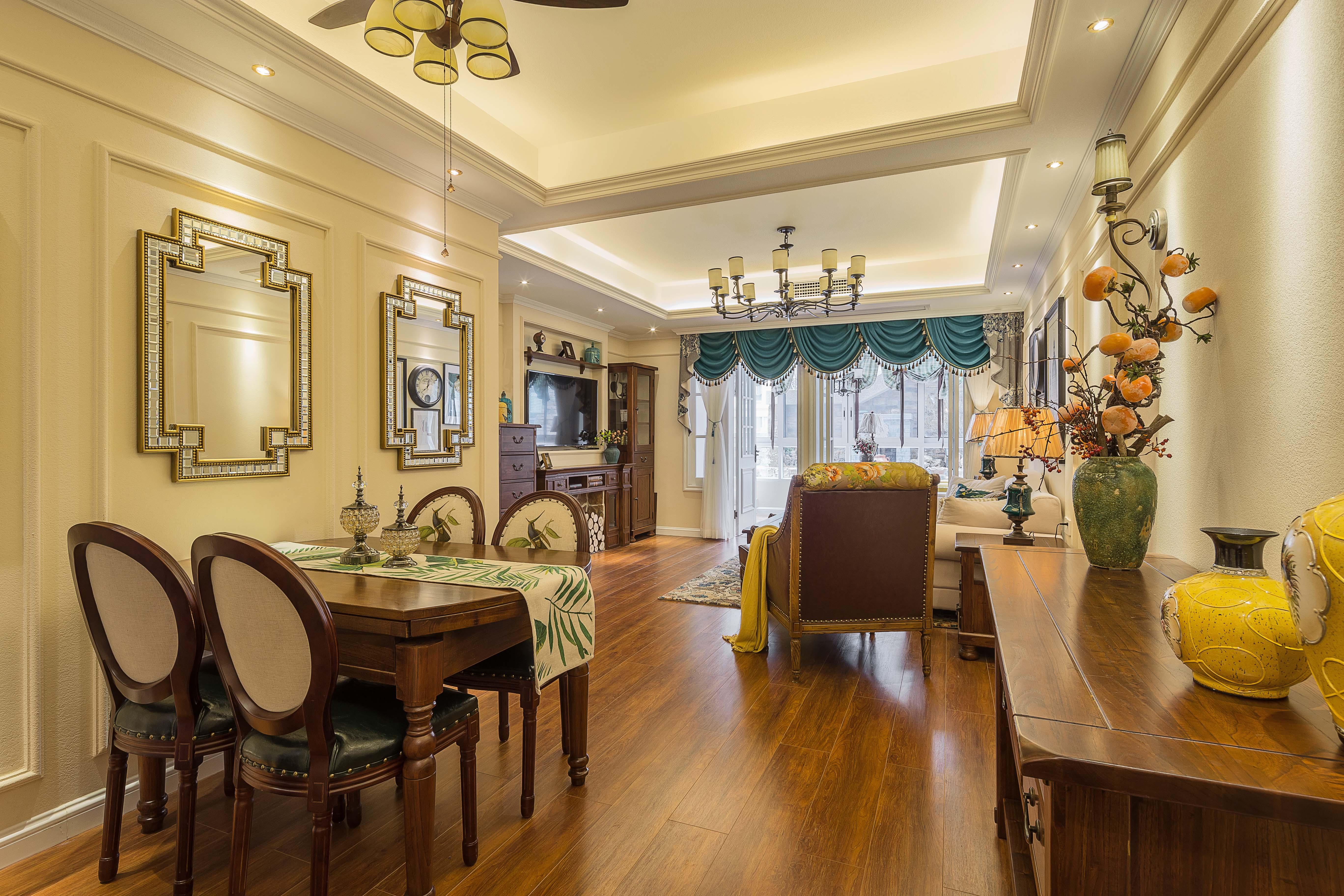 美式三居室装修设计客餐厅效果图