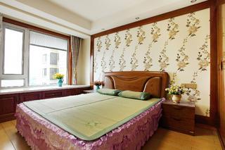 中式二居室装修卧室设计图