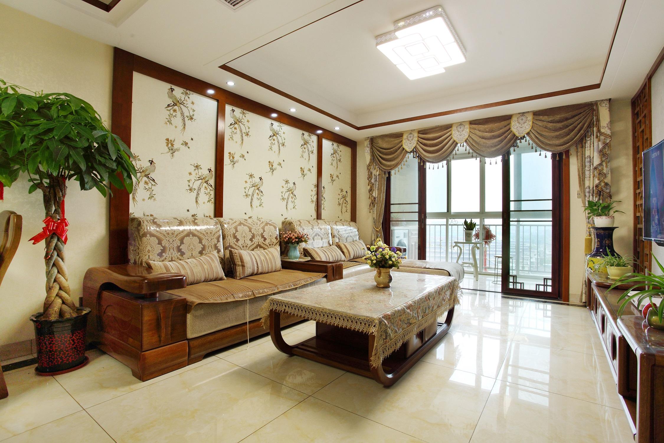 中式二居室装修沙发背景墙图片