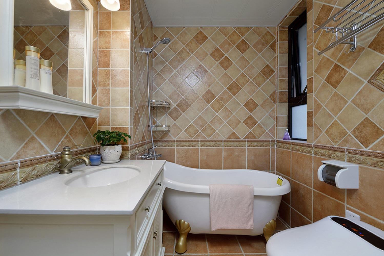 三居室美式设计主卫效果图