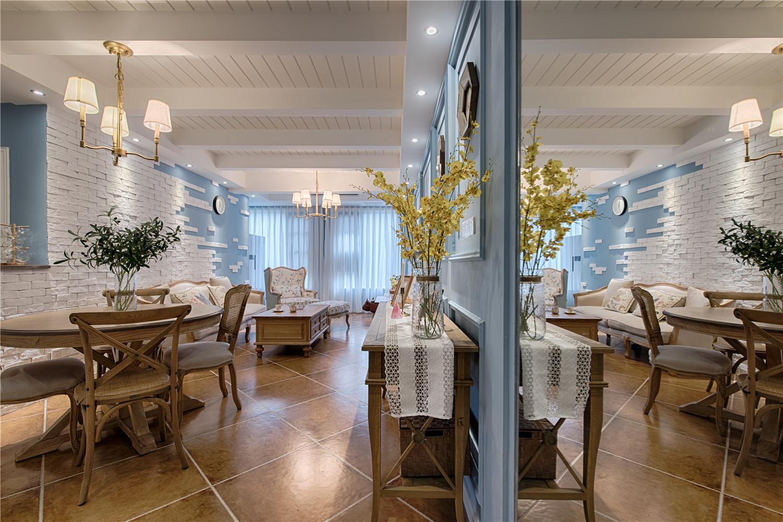 美式复式装修客餐厅效果图