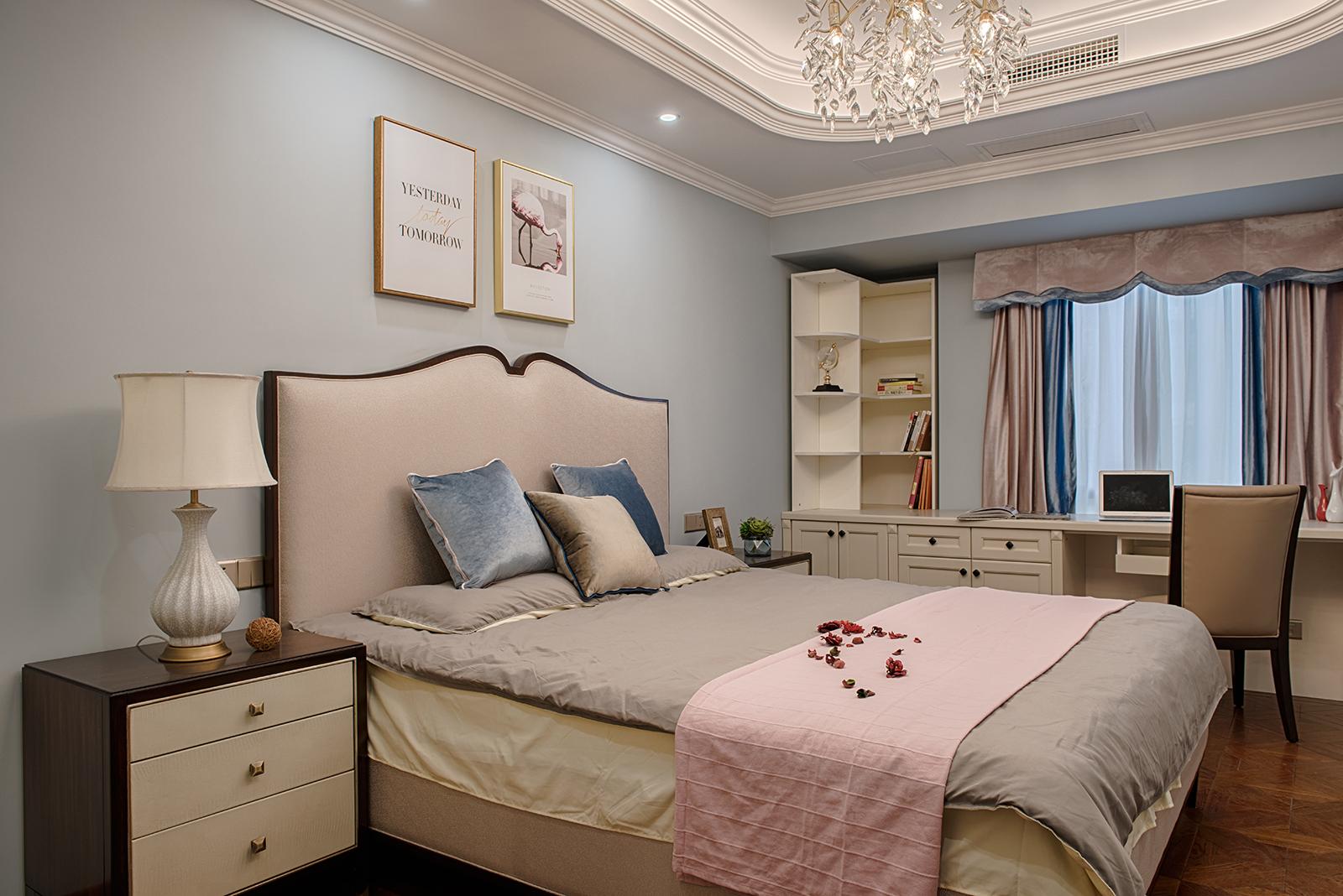 三居室简约美式家卧室效果图