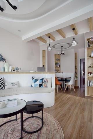 一居室北欧小家沙发坐垫图片