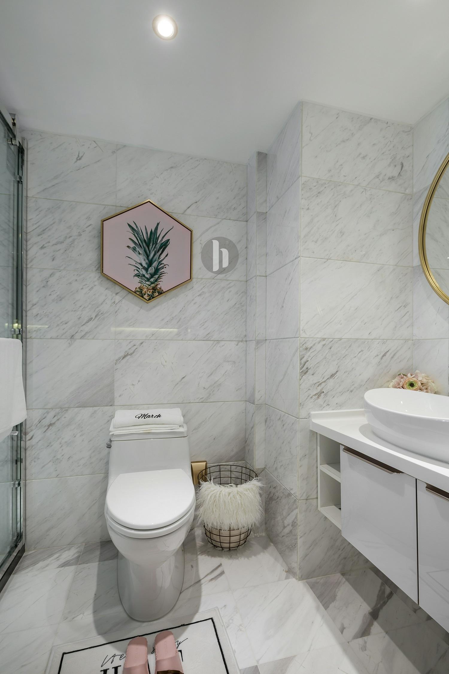 二居室公寓装修卫生间装潢图
