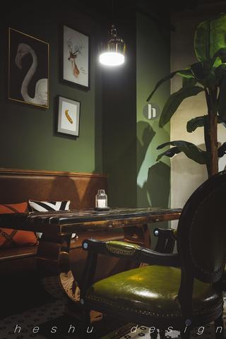 咖啡店装修照片墙局部小景