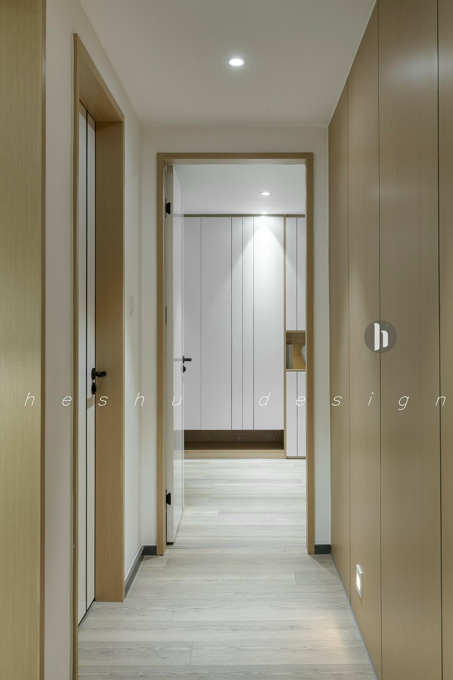 四居室简约风格家走廊图片