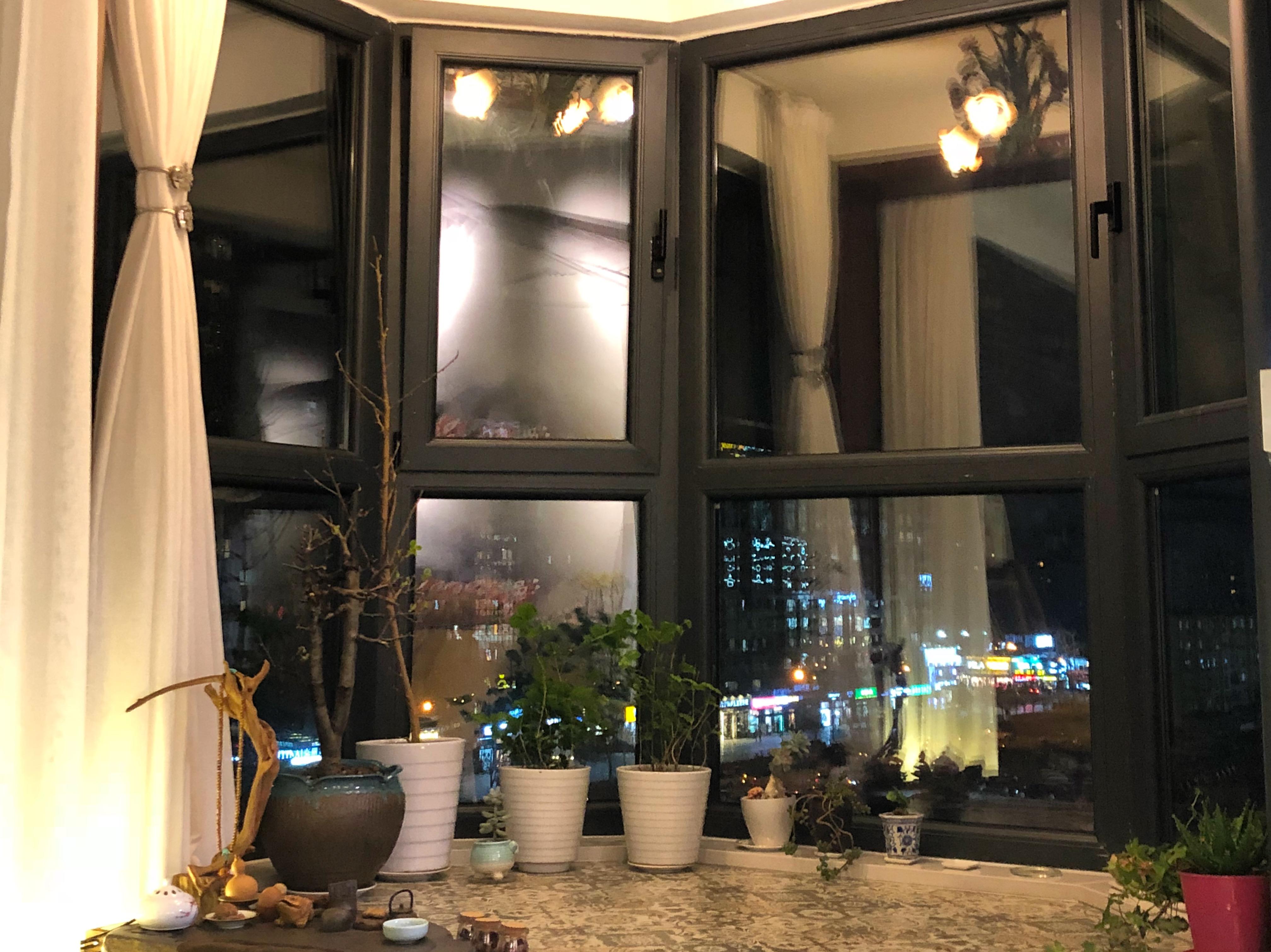 二居室混搭装修阳台实景图