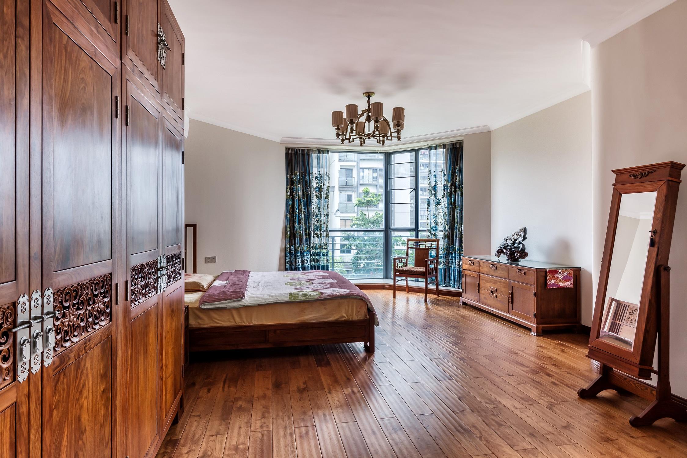大户型中式风装修卧室效果图