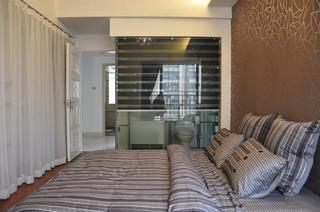 现代简约三居装修床品图片