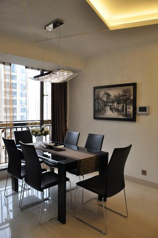 现代简约三居装修餐桌椅图片