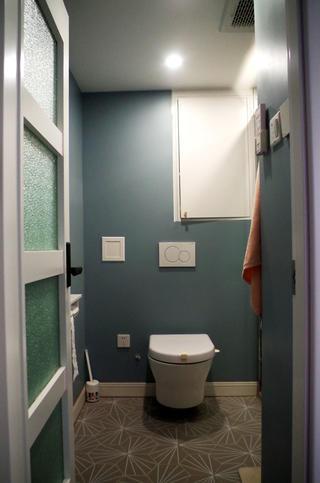 80平二居室装修卫生间实景图