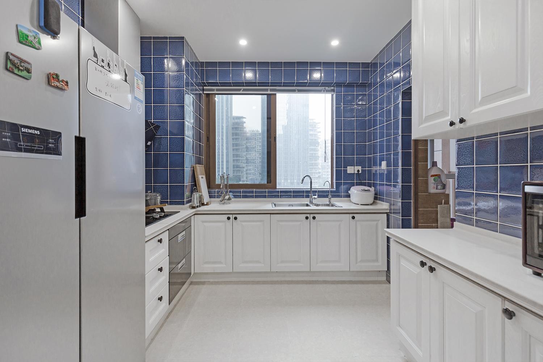 三居室美式风格装修厨房欣赏图