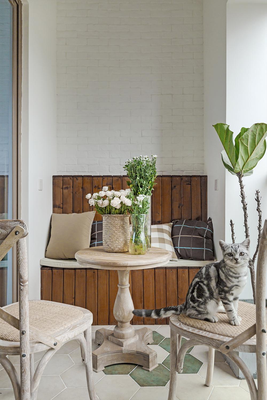 三居室美式风格装修阳台欣赏图
