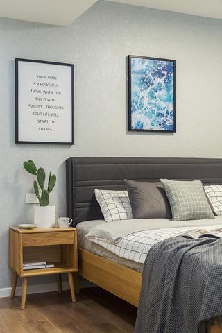 59㎡小户型装修床头柜图片