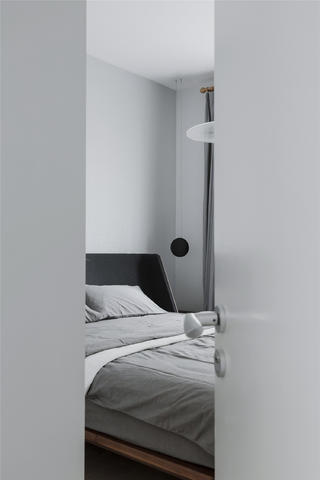 三居室日式风格家卧室背景墙
