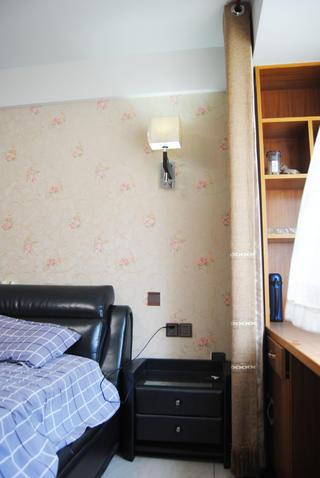 135㎡中式装修床头柜图片