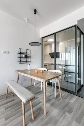 三居室简约之家餐桌图片