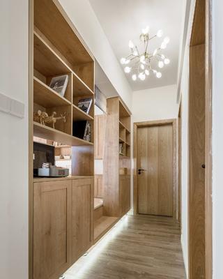 三居室日式风格过道设计