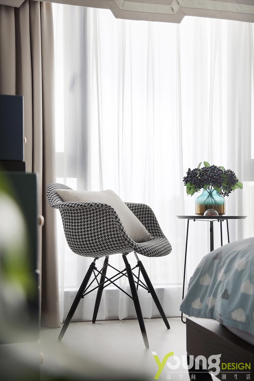 89㎡现代简约风装修椅子图片