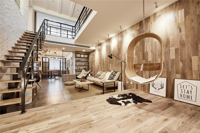 160平复式混搭风装修客厅地台设计
