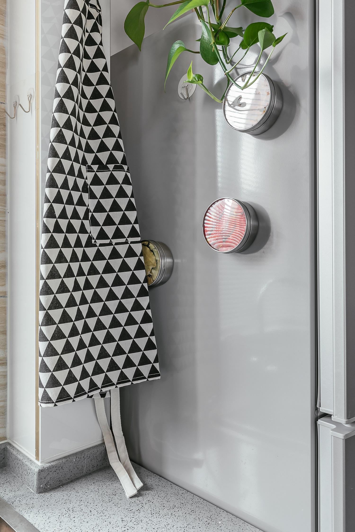 50平小户型设计厨房一角装饰