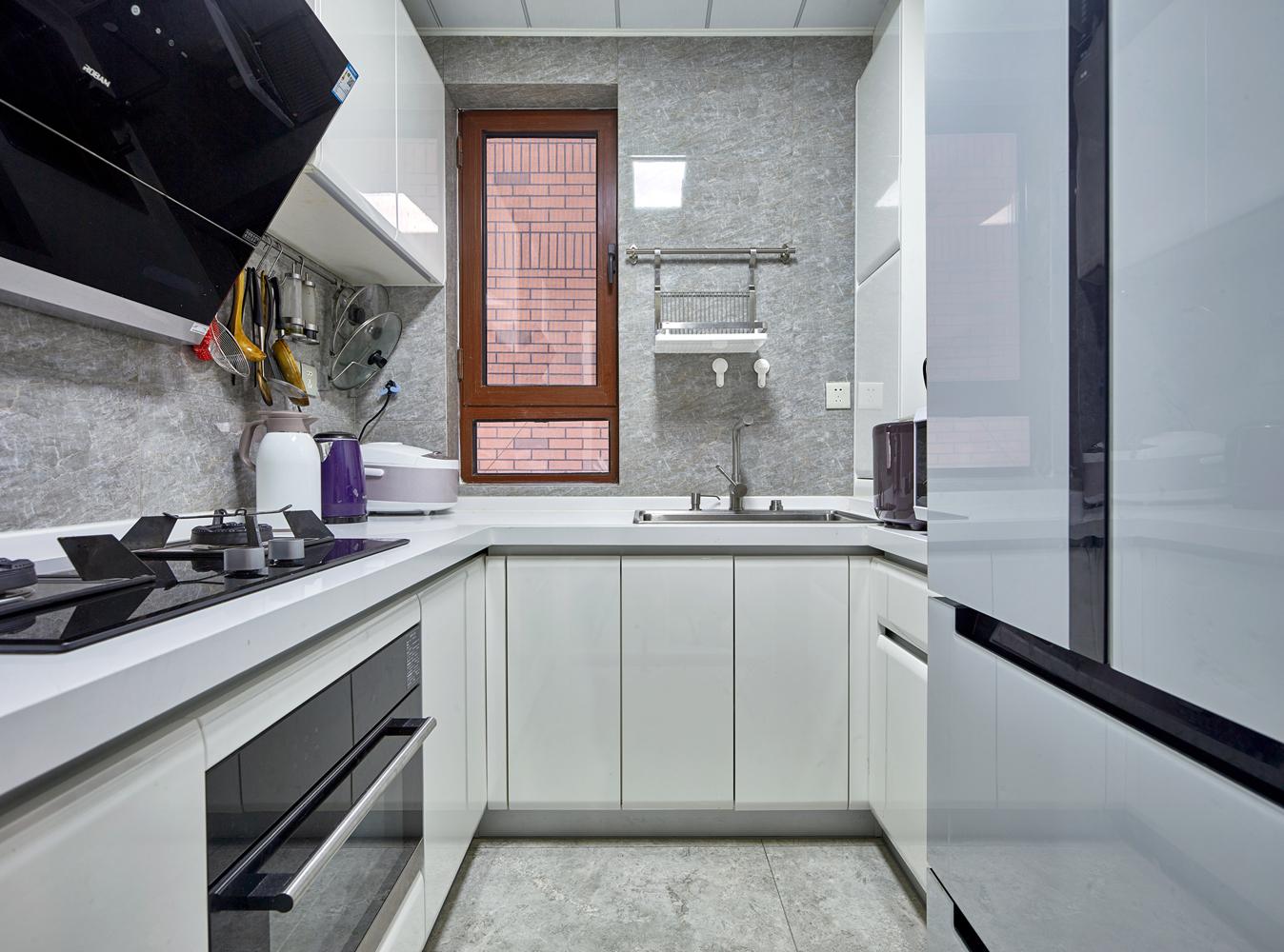 140㎡现代复式装修厨房效果图