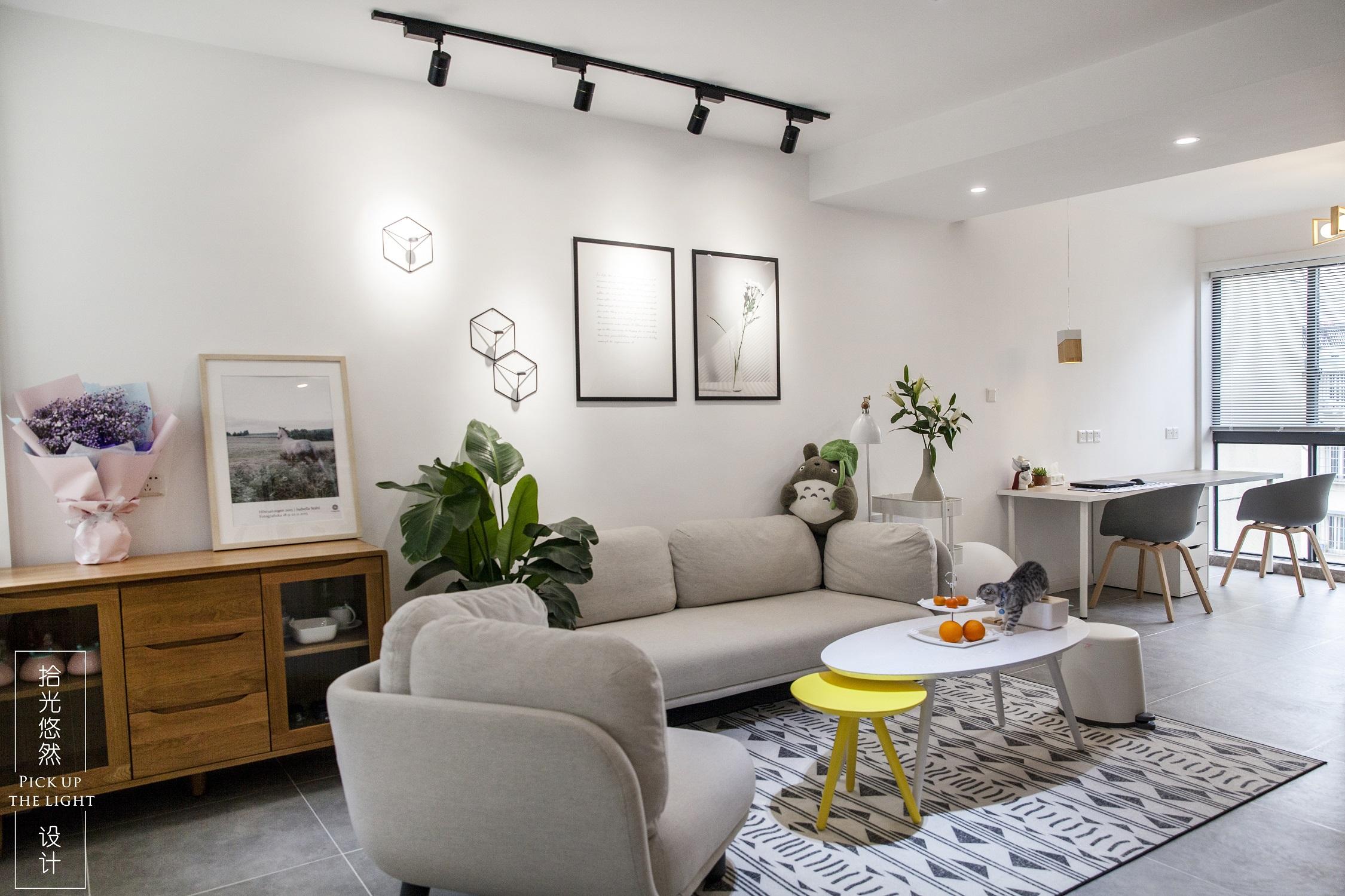 75㎡北欧风客厅沙发墙装修效果图
