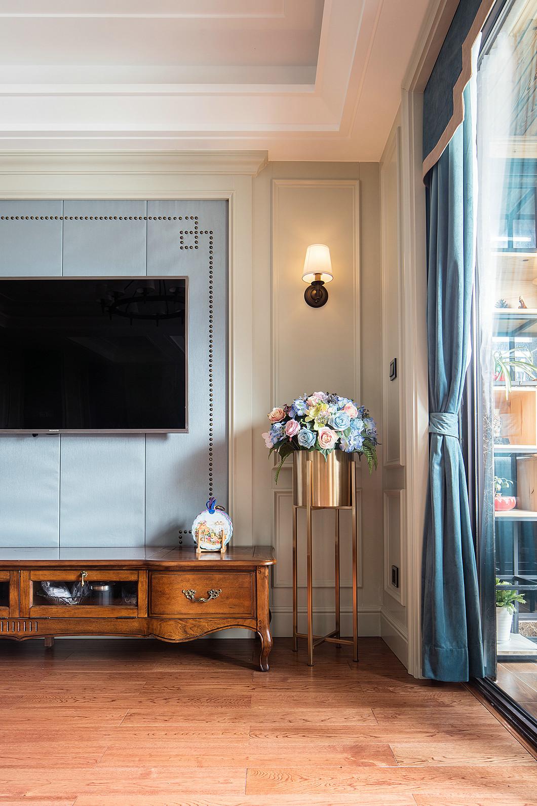 三居室美式风设计电视背景墙