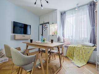 三居室北欧风格家餐厅布置图