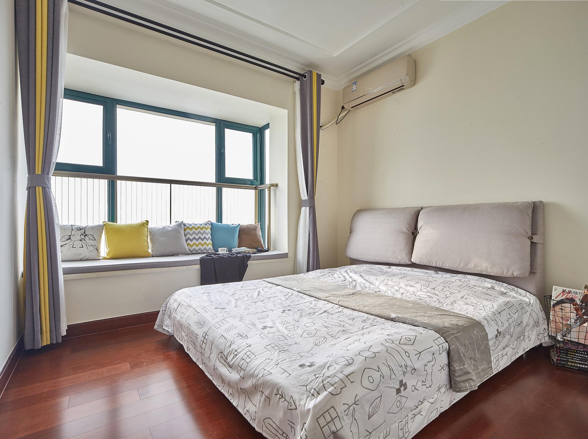 80平米两居卧室装修效果图