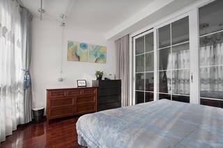 120㎡美式复式装修卧室边柜设计