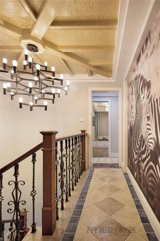 美式风格别墅楼道装修效果图
