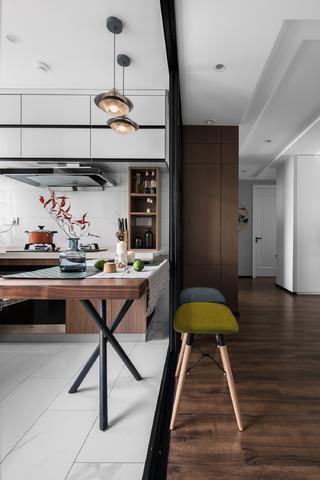78平米二居室餐厅装修效果图