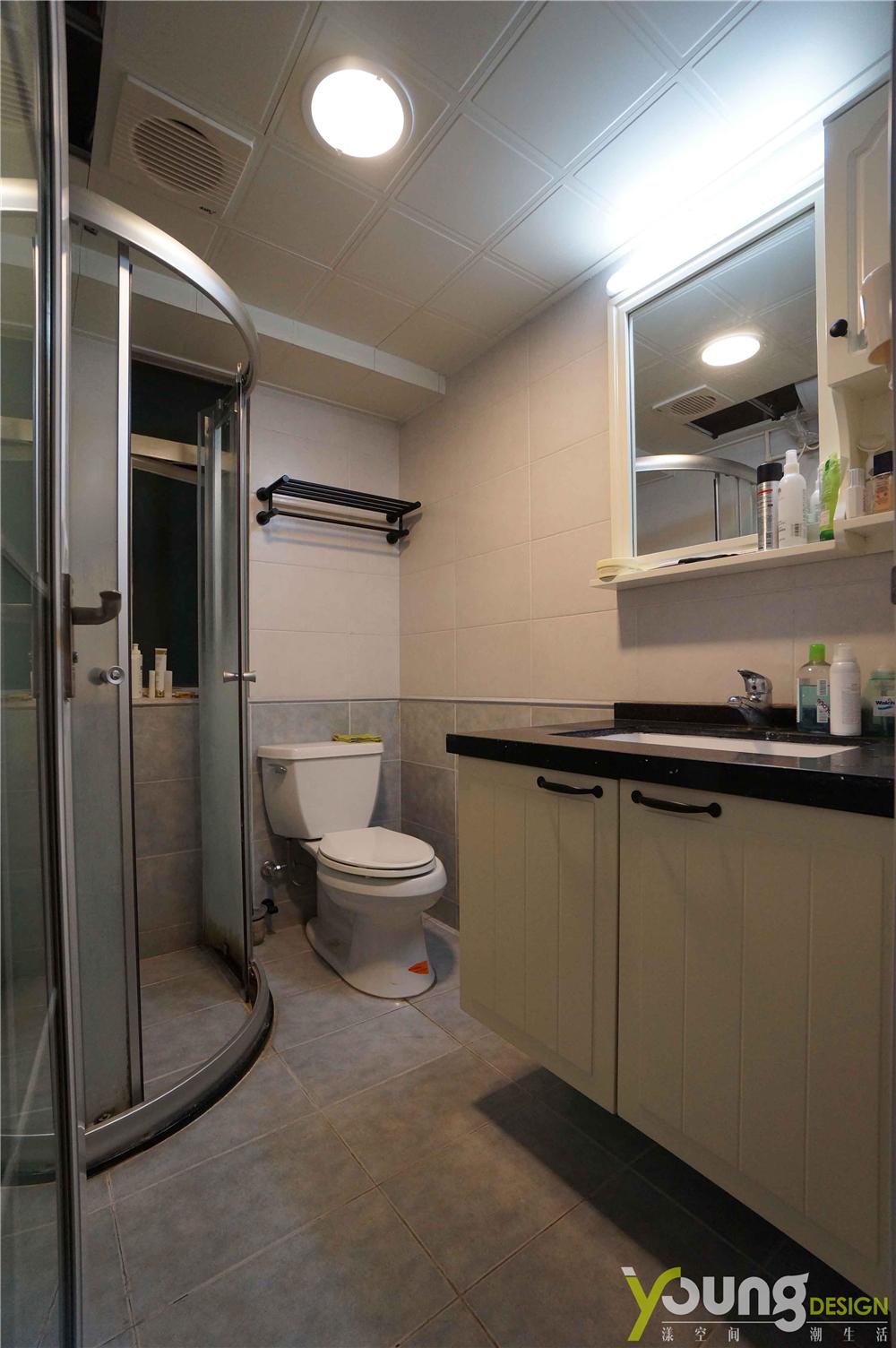 68平米两居室卫生间装修效果图