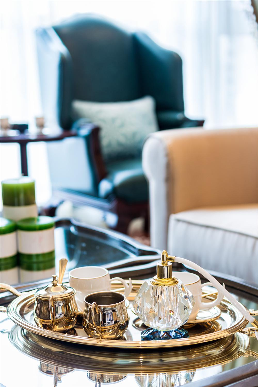 奢华法式风格装修茶几摆件特写
