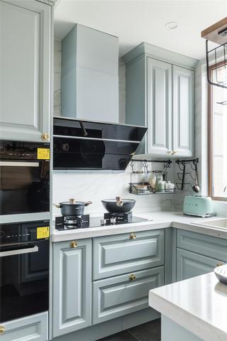 137平米四居室廚房裝修效果圖