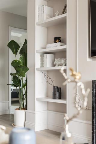 137平米四居室装修展示柜设计