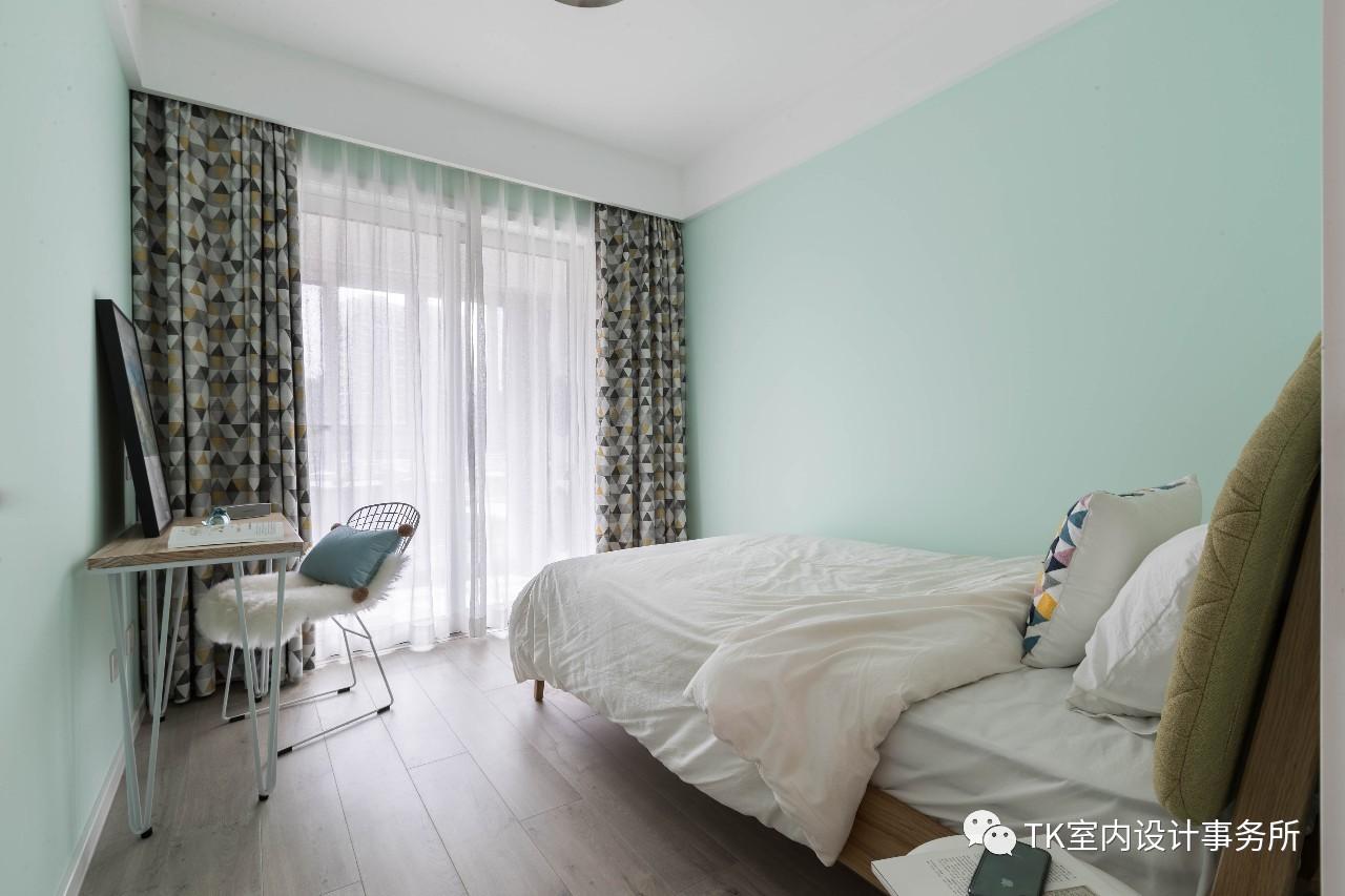 89平三居卧室装修效果图
