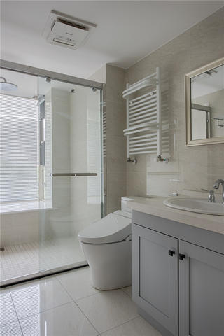 170平法式风格卫生间装修效果图