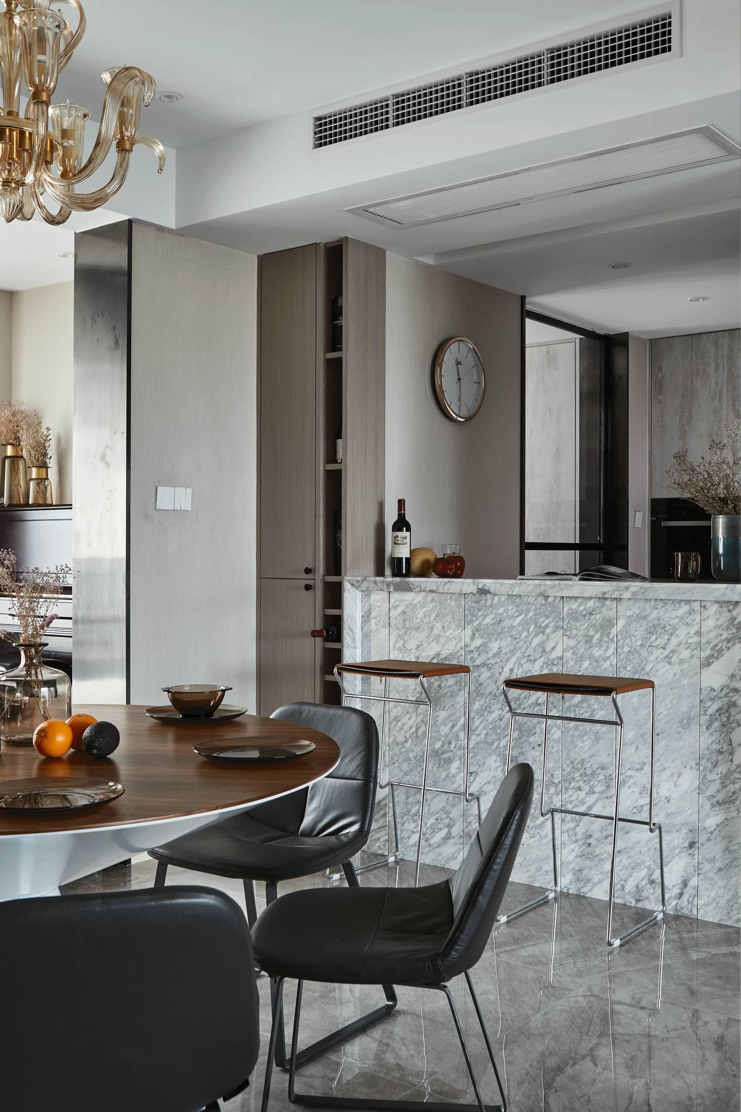 复式现代混搭风装修餐厅吧台设计