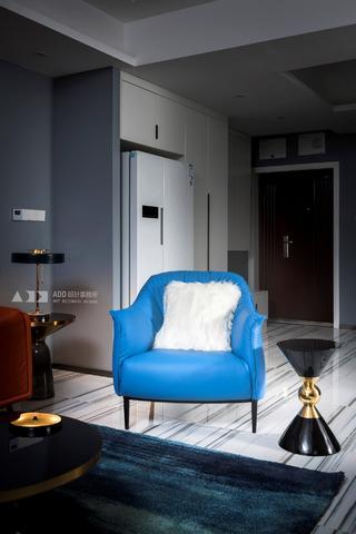 现代风格三居装修沙发椅设计