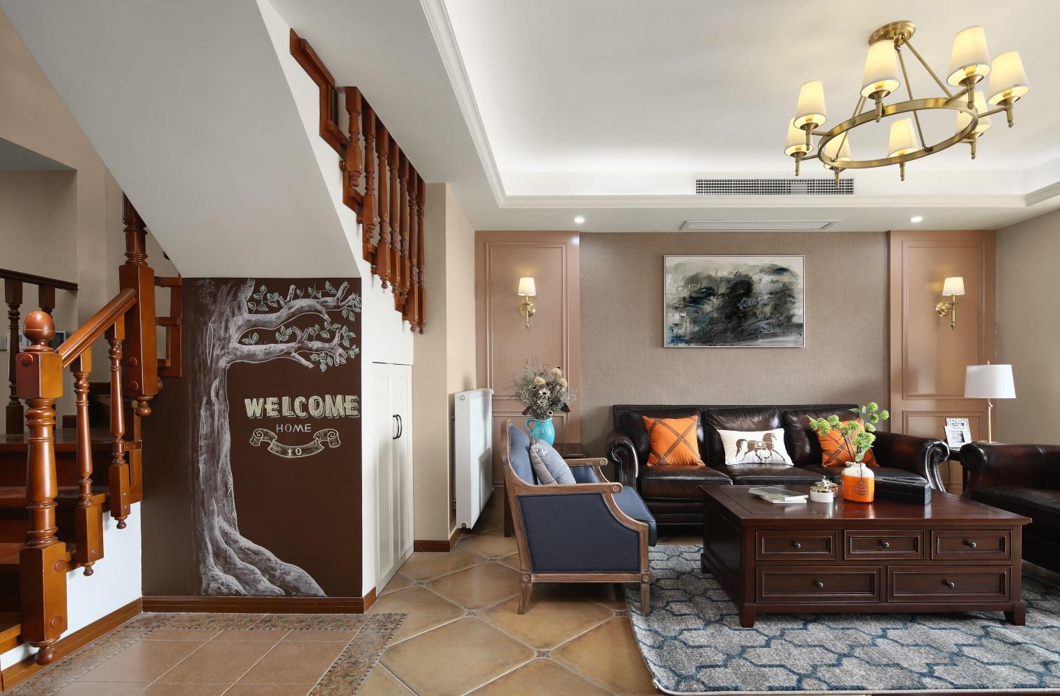 200平美式风客厅沙发墙装修效果图
