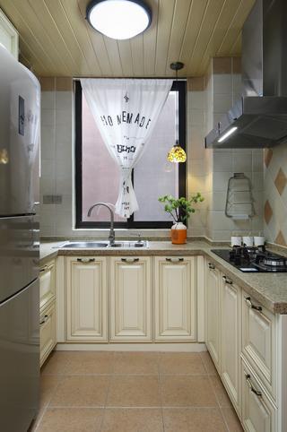 200平美式风厨房装修效果图